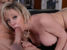 Dee Williams in Craving A Big Cock